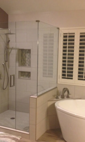 Bathroom Shower Glass Doors - Hartman Glass
