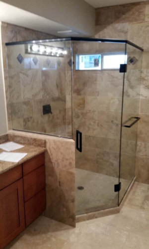 Bathroom Shower Panels - Hartman Glass