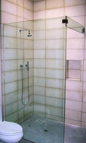 Frameless Glass Shower Enclosure – Hartman Glass