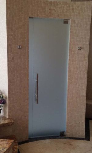 SD18 - Swing Door with Frosted Glass