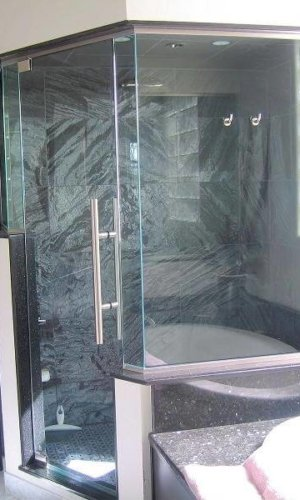 Reiner Shower Doors – Hartman Glass