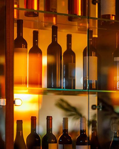 WR4 - Wine Room Glass Shelves