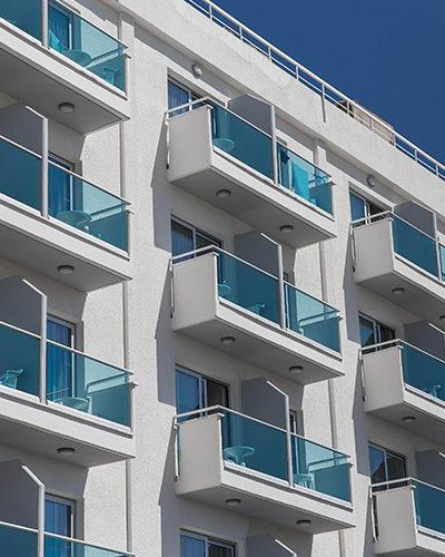 GR5 - Balcony Glass Railing