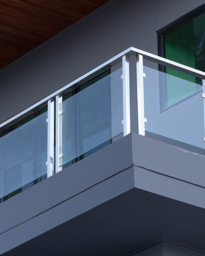 GR9 - Balcony Glass Railing