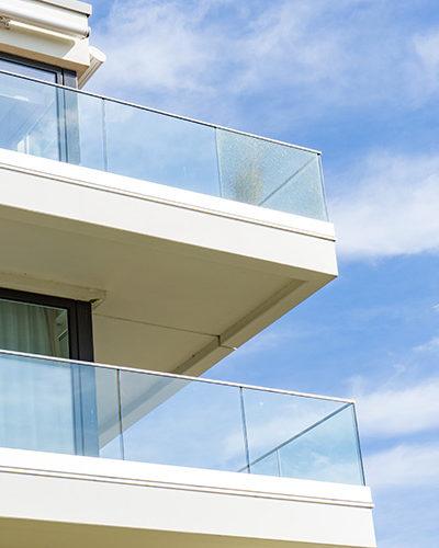 GR6 - Balcony Glass Railing