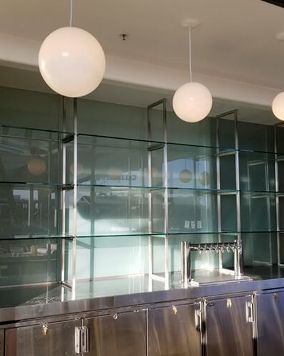 SH1 - Restaurant Glass Shelving