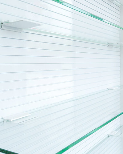 SH4 - Retail Glass Shelves