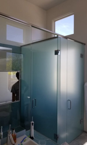 SD23 - Frosted Glass Swing Door