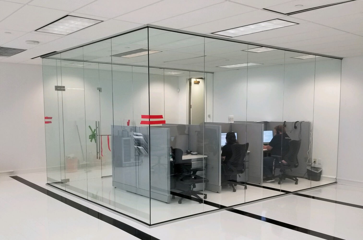 Glass-Partition